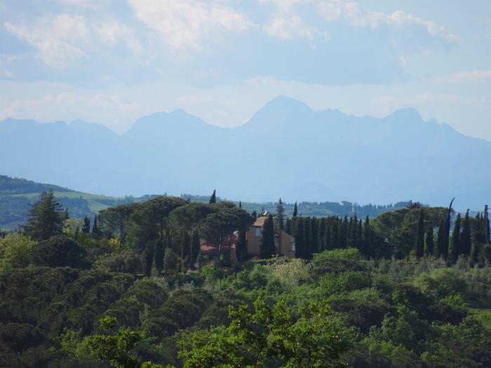 besneeuwde-bergtoppen-toscane-4